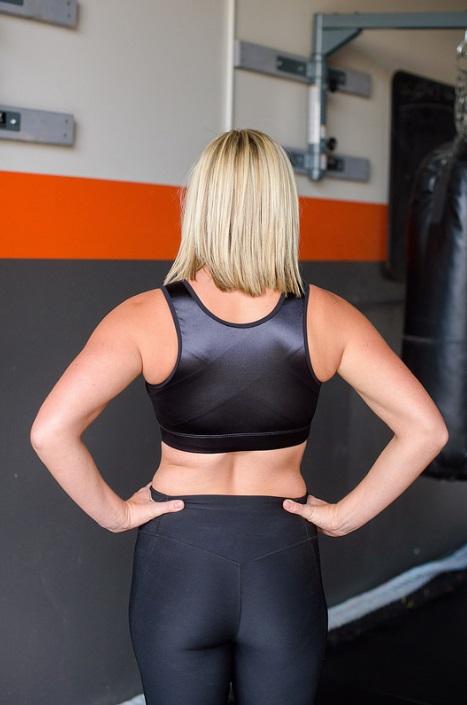 plus size front closure sports bra